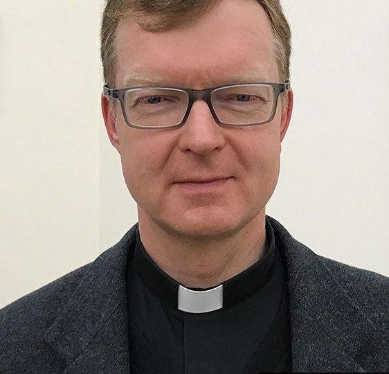 Dr. Hans Zollner