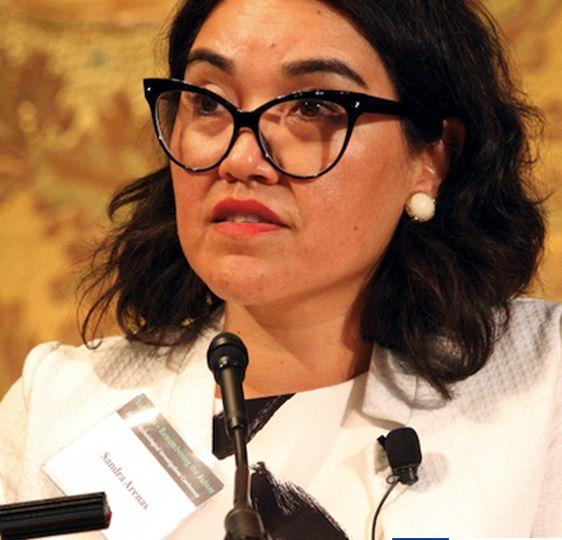 dra Sandra Arenas